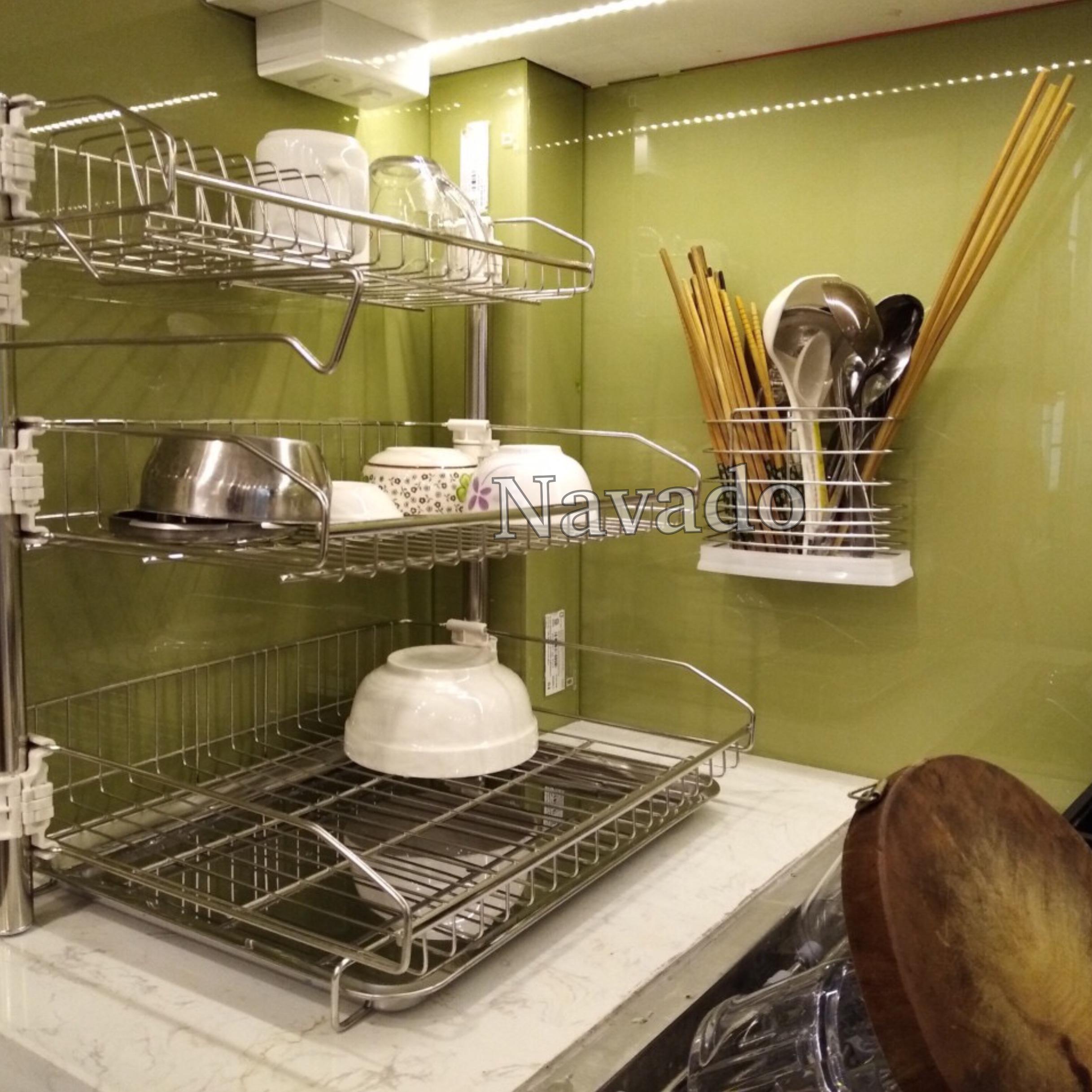 Kệ đựng đồ inox phòng bếp